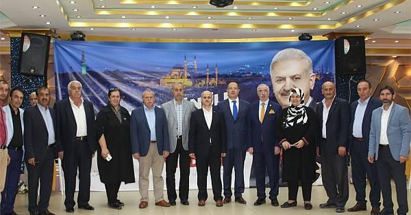 AK Parti Kartal, Dernek ve STK'lar ile iftarda buluştu (Foto Galeri)