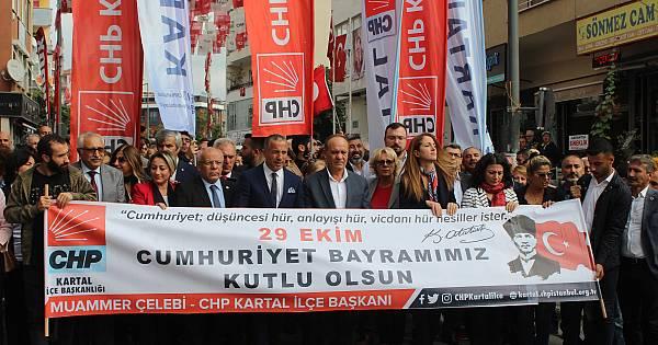 CHP Kartal'dan 29 Ekim yürüyüşü (FotoGaleri)