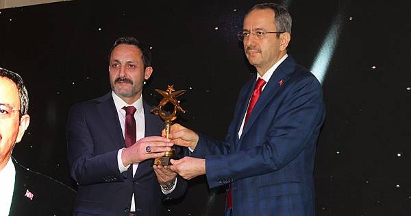 AYGAD 2. Altın İmza Ödülleri Verildi