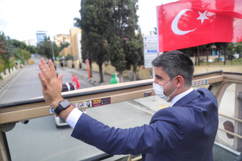 2020/10/1603976116_cumhuriyet'in_97._yili_kartal'da_bueyuek_bir_coskuyla_kutlandi_(3).jpg