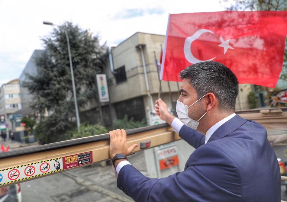 2020/10/1603976117_cumhuriyet'in_97._yili_kartal'da_bueyuek_bir_coskuyla_kutlandi_(14).jpg