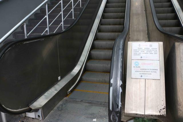 2021/07/1625822504_kartal-yuruyen-merdiven-kent34_-8.jpg