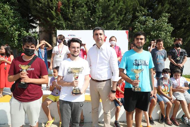 2021/08/1630328552_satranc_turnuvasi_Odul_toreni_1.jpg