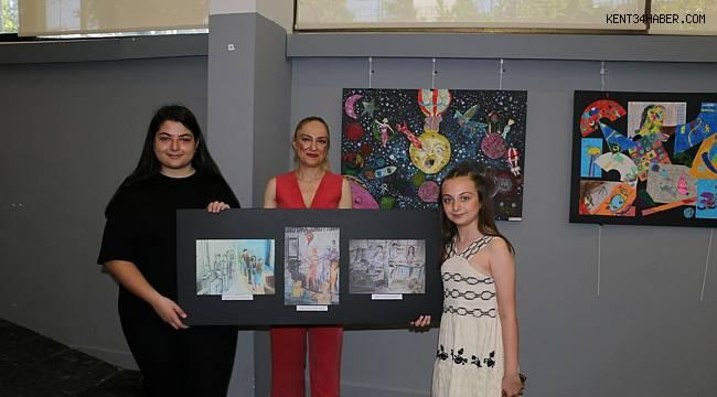 Karma resim sergisi, ziyarete açıldı