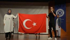 İstanbul Aydın Üniversitesi TÖMER öğrencileri mezun oldu