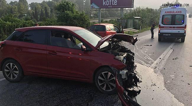 Sakarya'da iki otomobil çarpıştı: 1 yaralı