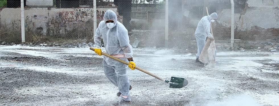 Kartal'da temizlik çalışmaları devam ediyor