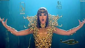 Katy Perry'nin Dark Horse şarkısı çalıntı çıktı