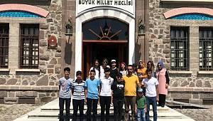 Milletvekili Erol, Elazığlı öğrencileri Ankara'da misafir etti