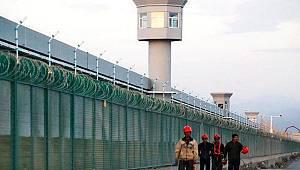 Türkiye'nin Uygur Türkü 2 yetim çocuğu ve annesini Çin'e teslim ettiği iddia edildi