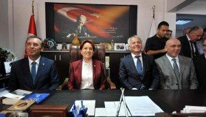 Akşener: Erdoğan'ın, İstanbul ve Ankara'ya kayyum atayacağını düşünmüyorum
