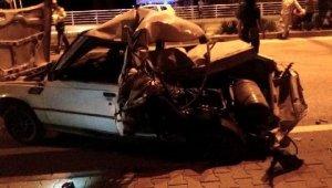 İtilerek götürülen otomobile kamyonet çarptı: 2 yaralı