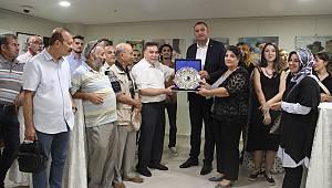 Kartal Belediyesi'nde resim-seramik sergisi açıldı