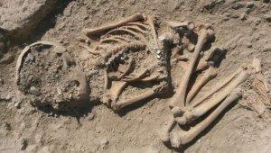 Arslantepe Höyüğünde 5700 yıllık çocuk iskeleti bulundu