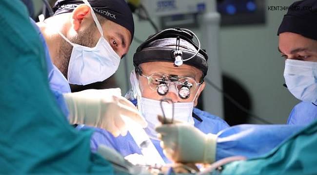Atina'daki tıp kongresine Türk cerrahlar damga vurdu