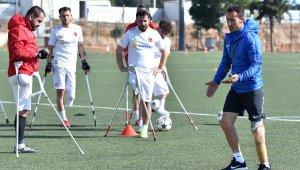 Dünya Kupası'nda penaltıyı kaçırdı, teknik direktör oldu