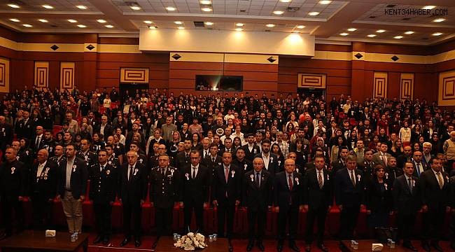 Ataşehir tek yürek Atatürk'ü andı