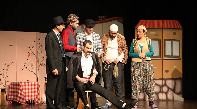 'Keşanlı Ali Destanı' Kartal'da sahnelendi