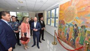 Modern Sanat Müzesi için hazırlanan kişisel resim sergisi açıldı
