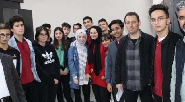 Öğrencilerden Kartal Belediyesi'ne ziyaret