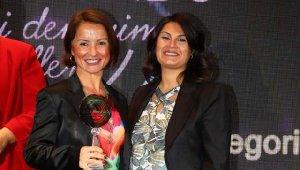 """Sabiha Gökçen Havalimanı'na """"En İyi Müşteri Deneyimi"""" Ödülü"""