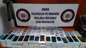Adana'da 434 gümrük kaçağı cep telefonu ele geçirildi