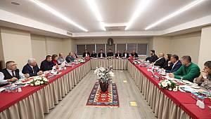 Başkan Yüksel Kartal'ın muhtarları ile bir araya geldi