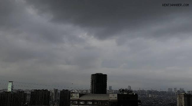 Bulutlar gündüzü geceye çevirdi