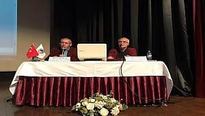 """Kartal'da """"Musa'dan Beri Gazetecilik ve Edebiyat"""" söyleşisi düzenlendi"""