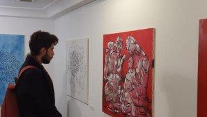 Mehmet Alagöz'ün 'göç' sergisi İKÜ'de açıldı
