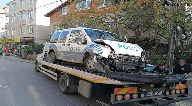 Polis otosu kaza yaptı: 1 polis yaralı