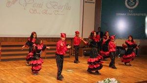 Şırnak'taki engelliler, günlerini Hint dansı yaparak kutladı