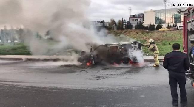 TEM'de ticari araç alev alev yandı