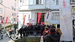 Ahmet Hamdi Tanpınar'ın evine tabela asıldı