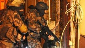 Bursa'da FETÖ'nün 'askeri mahrem' yapılanmasında yakalanan 71 kişi tutuklandı