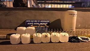 Fatih'te sahte alkol imalathanesine baskın
