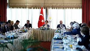 Meral Akşener, basın kuruluşlarının Ankara temsilcileriyle bir araya geldi (1)