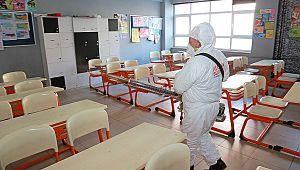 Ataşehir Belediyesi'nden ilaçlama