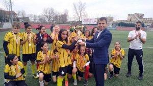Bağcılarlı kızlar İstanbul şampiyonu oldu