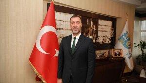 Başkan Yılmaz maaşını 'Biz Bize Yeteriz Türkiyem'e bağışladı