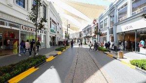 AVM'lerdeki market alışverişi yüzde 130 arttı
