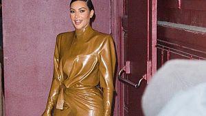 Kim Kardashian Skims markasından corona virüsü için maske çıkardı