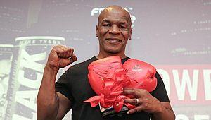 'Mike Tyson ile dövüşme teklifi aldım'