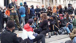 İngiltere'de Floyd cinayeti protestoları sürüyor!