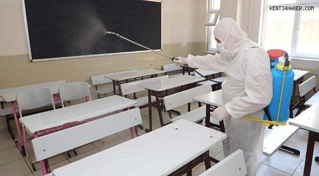 İstanbul'da okullar YKS öncesi dezenfekte ediliyor