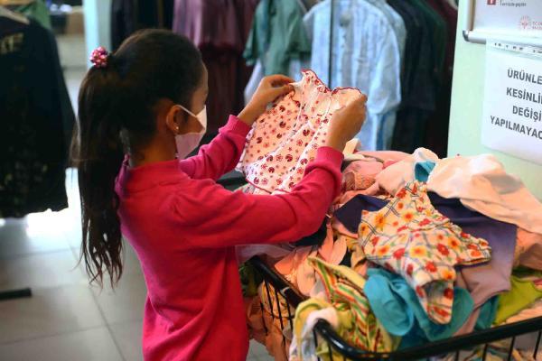 'Hayır Çarşısı', 60 Bin Ailenin Yüzünü Güldürdü