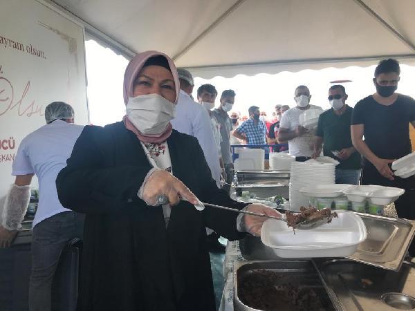 Sancaktepe'de Vatandaşlara Kurban Eti İkramı