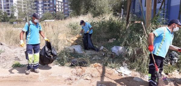 Tuzla'da Belediye Hizmetleri Bayramda da Devam Ediyor
