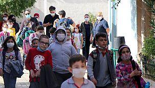 Çocuklara renkli maske almayın