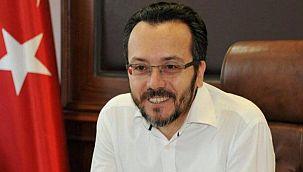 Eski rektör kumpas soruşturmasında gözaltına alındı
